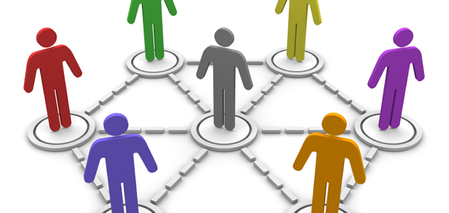 the benefits of social media in connecting people together Social networking pros and cons we summarize the main arguments in favor and against social media and online networking: pros they help stay in touch with people, no matter how far they are.